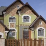 Защита фасада дома